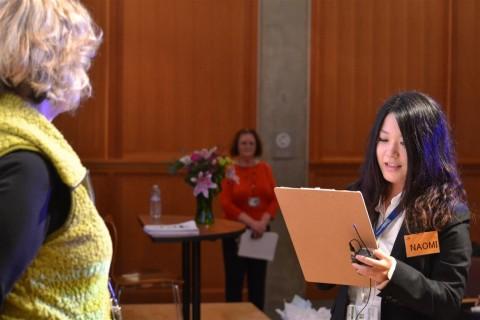 開会式では元気に学生の運天さんが、英語で挨拶をしてくれました。